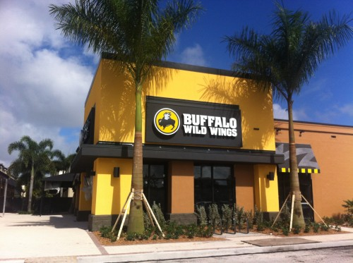 Buffalo wild wings town center aventura aventura florida 33180 - Buffalo grill ticket restaurant ...